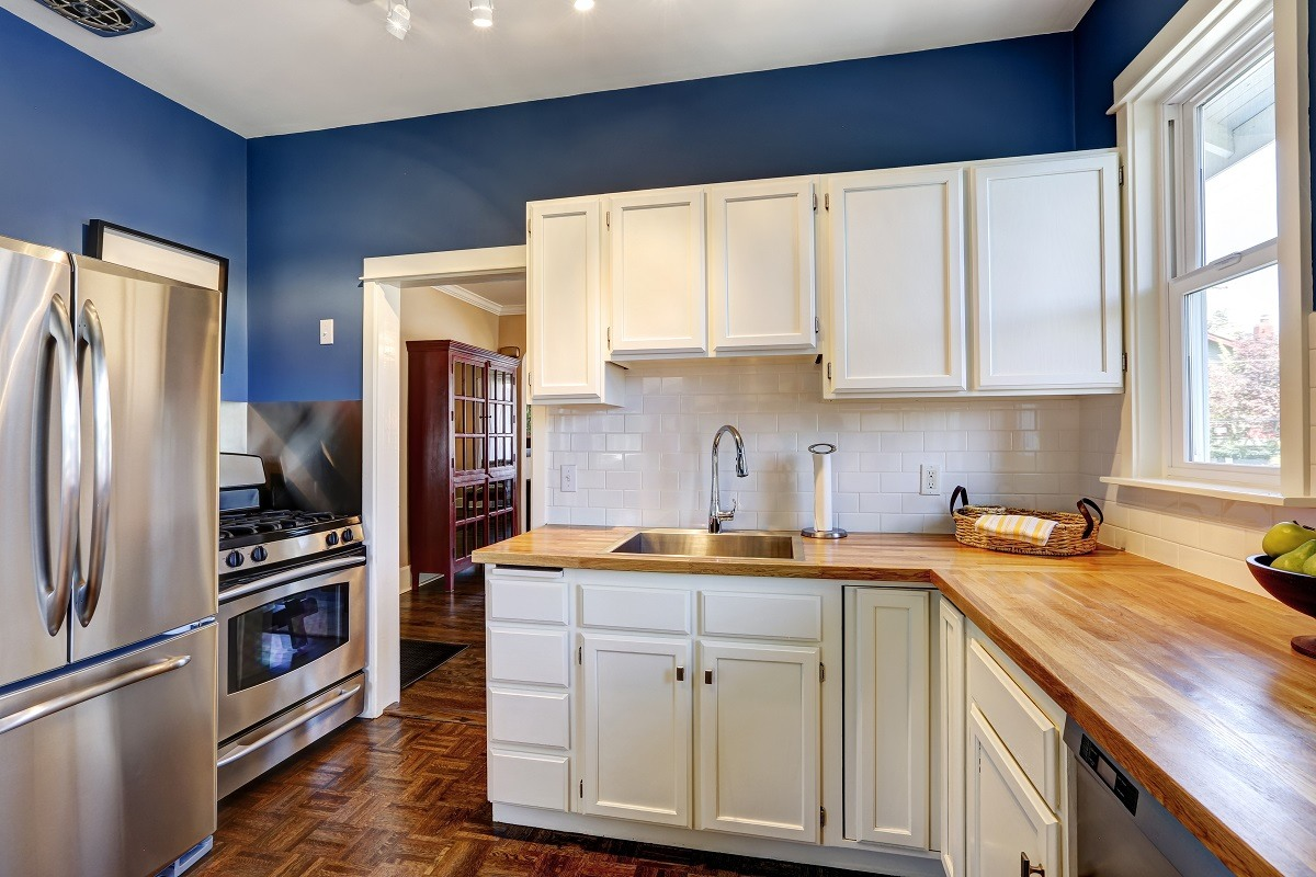 Interior Painting   White Kitchen Cabinets   Blue Paint On Walls   Kimberly  Painting Contractors